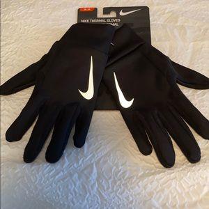 Nike thermal gloves